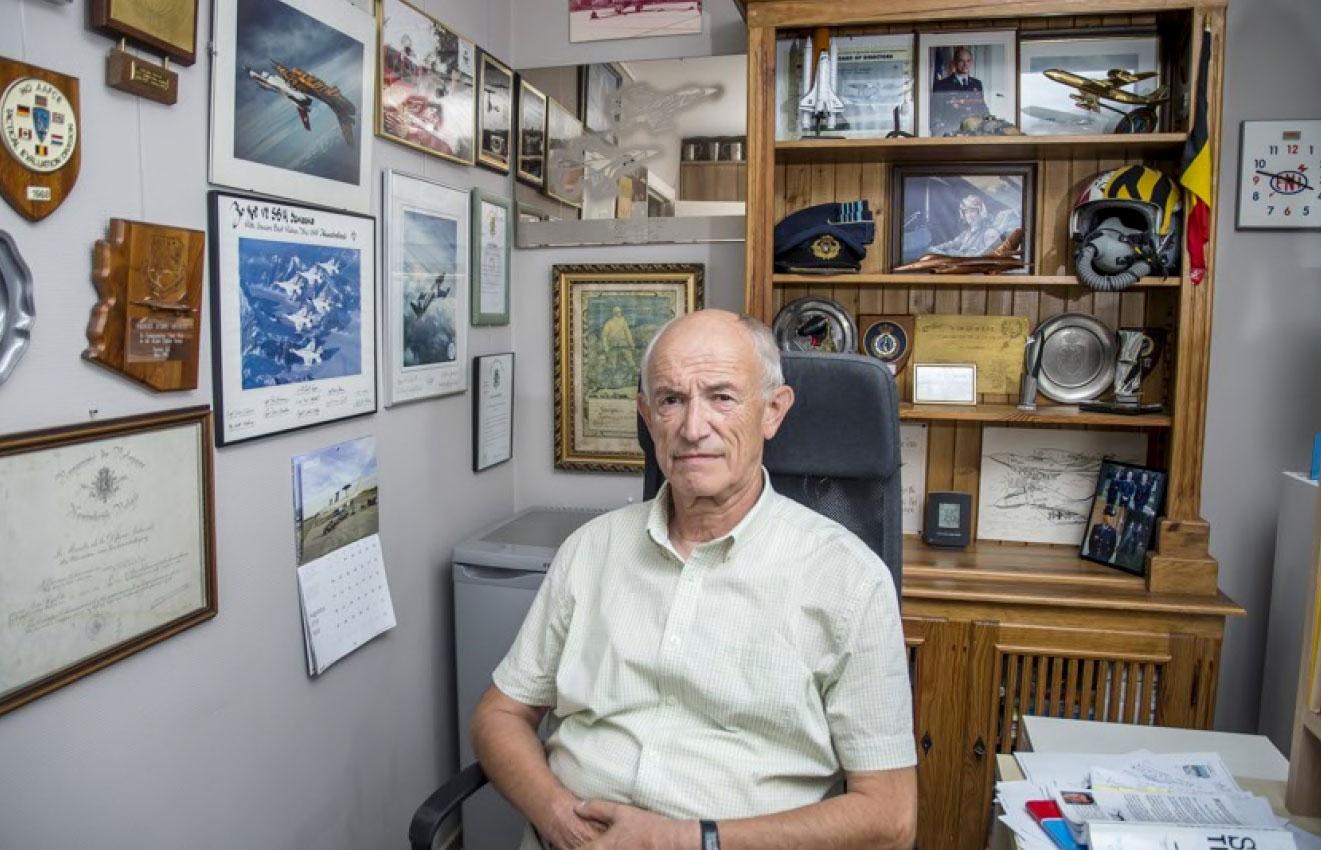 André Jansens in zijn kantoor