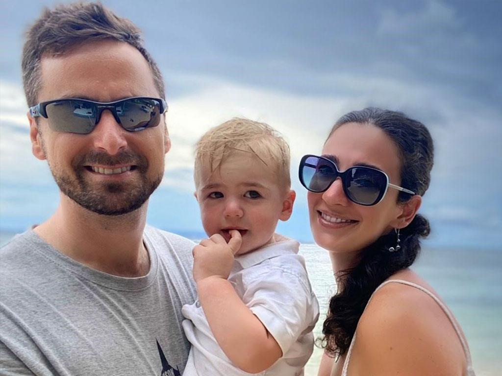 Ives Belmans met zijn zoon en vrouw