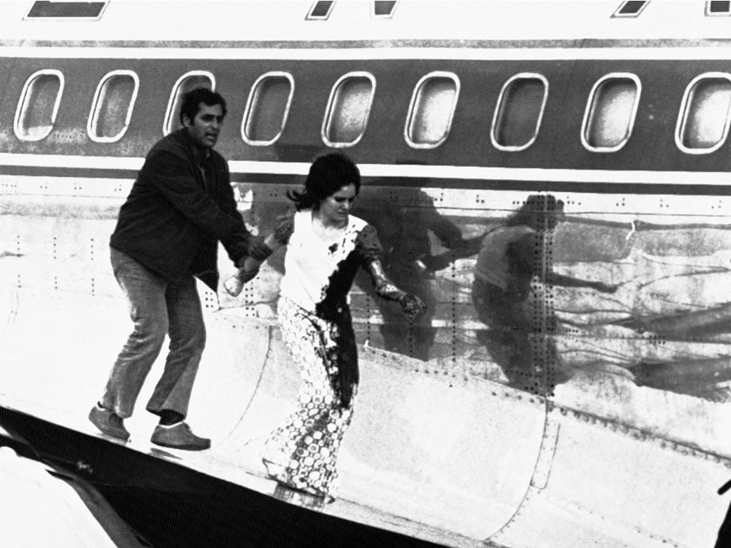 10.8.2 1972 Hijackb