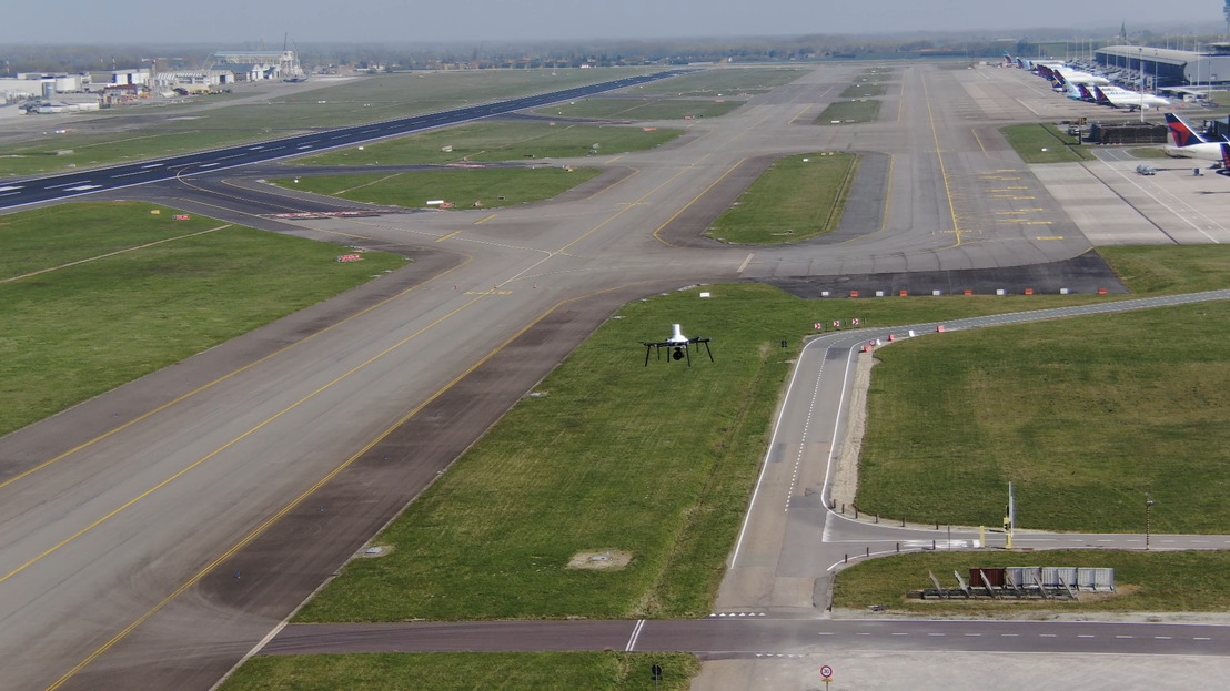 Drone op luchthaven